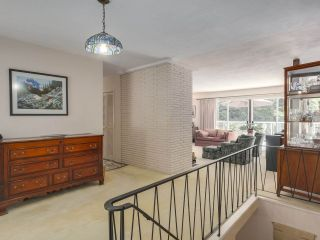 Photo 2: 1691 DAVENPORT Place in North Vancouver: Westlynn Terrace House for sale : MLS®# R2291940