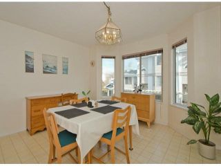 """Photo 5: 51 7875 122 Street in Surrey: West Newton Townhouse for sale in """"The Georgian"""" : MLS®# F1404856"""