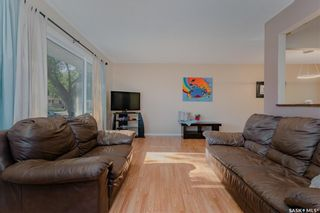 Photo 2: 306 W Avenue North in Saskatoon: Mount Royal SA Residential for sale : MLS®# SK862531