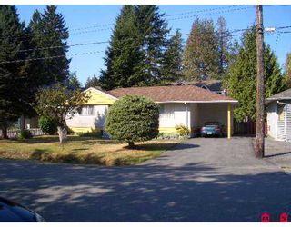 """Photo 1: 119 11944 92ND AV in Delta: Annieville Townhouse for sale in """"Scottcrest"""" (N. Delta)  : MLS®# F2609689"""