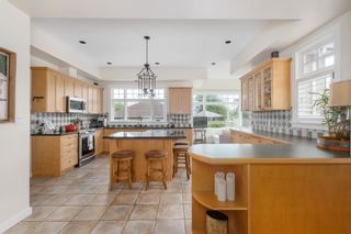 """Photo 12: 130 CARROLL Street in New Westminster: The Heights NW House for sale in """"The Heights"""" : MLS®# R2613864"""