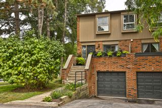 Photo 2: 7 3122 Lakeshore Road West in Oakville: Condo for sale : MLS®# 30762793