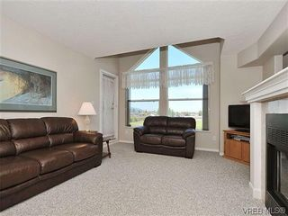 Photo 4: 307 2250 James White Boulevard in SAANICHTON: SI Sidney North-East Residential for sale (Sidney)  : MLS®# 323451