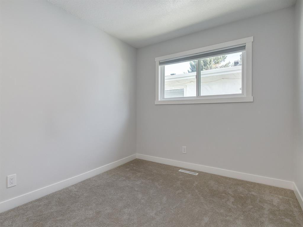 Photo 24: Photos: 2308 PALLISER Drive SW in Calgary: Palliser Detached for sale : MLS®# A1018576