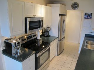 """Photo 7: 302 7180 LINDEN Avenue in Burnaby: Highgate Condo for sale in """"LINDEN HOUSE"""" (Burnaby South)  : MLS®# R2177989"""