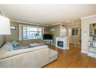 """Photo 3: 304 13955 72 Avenue in Surrey: East Newton Townhouse for sale in """"Newton Park One"""" : MLS®# R2102777"""