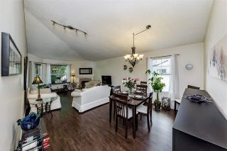"""Photo 10: 20 6537 138 Street in Surrey: East Newton Townhouse for sale in """"CHARLESTON GREEN"""" : MLS®# R2588648"""
