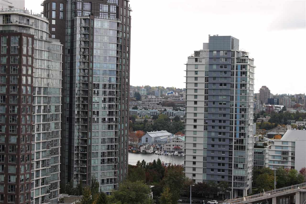"Photo 5: Photos: 1311 1325 ROLSTON Street in Vancouver: Downtown VW Condo for sale in ""Rolston"" (Vancouver West)  : MLS®# R2413069"