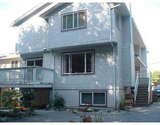 Main Photo: 620 SHAW RD in Gibsons: Gibsons & Area Townhouse for sale (Sunshine Coast)  : MLS®# V565862