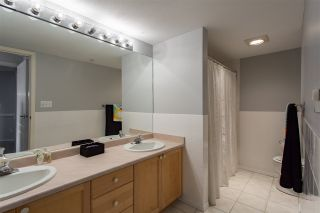 """Photo 15: 304 5450 208 Street in Langley: Langley City Condo for sale in """"Montgomery Gate"""" : MLS®# R2410335"""