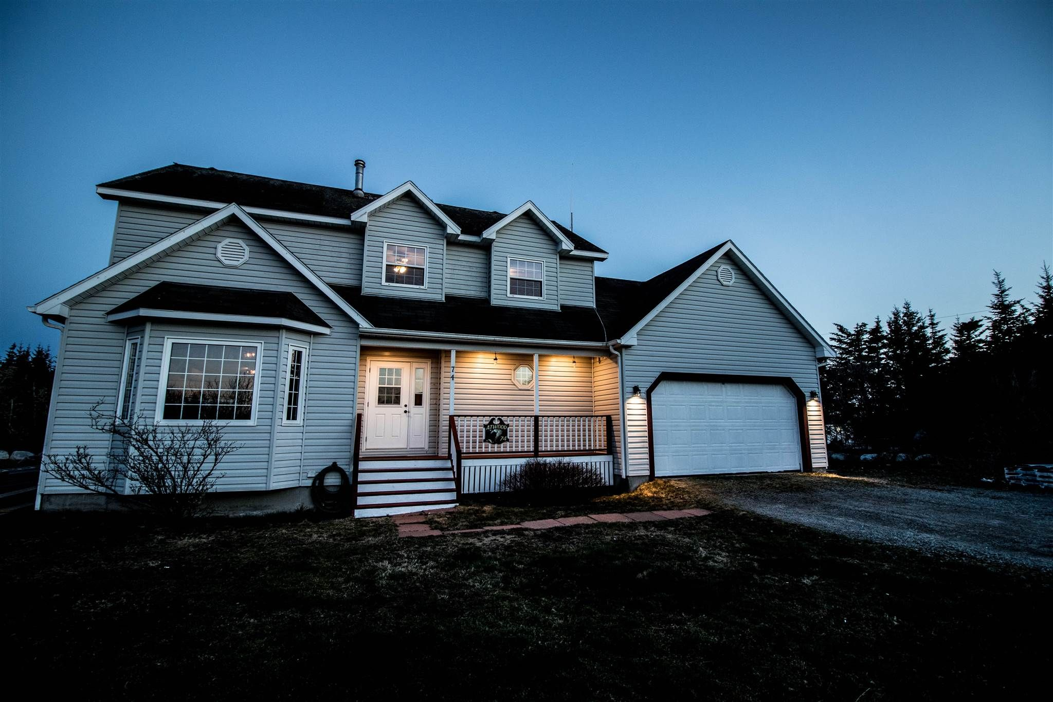 Main Photo: 74 Woodland Street in Clark's Harbour: 407-Shelburne County Residential for sale (South Shore)  : MLS®# 202109109