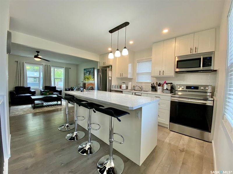 FEATURED LISTING: 415 Simpson Street Outlook