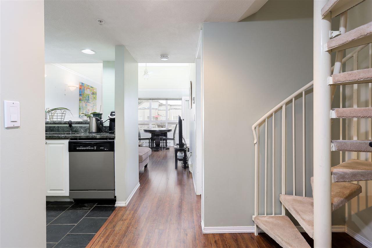 "Photo 10: Photos: 402 14355 103 Avenue in Surrey: Whalley Condo for sale in ""Claridge Court"" (North Surrey)  : MLS®# R2191413"