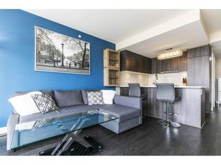 "Photo 8: 1906 668 COLUMBIA Street in New Westminster: Quay Condo for sale in ""TRAPP & HOLBROOK"" : MLS®# R2575378"