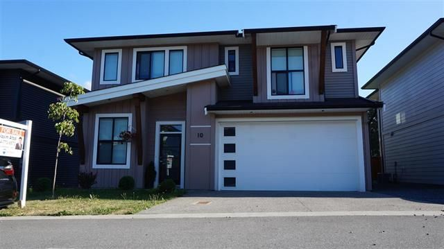 Main Photo: 10 5665 promontory rd in chilliwack: House for sale : MLS®# r2487863