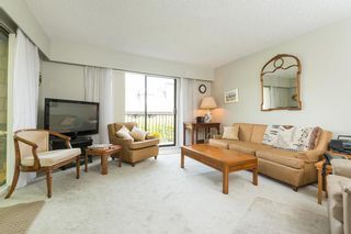 Photo 2: 302 1721 ST. GEORGES AVENUE in North Vancouver: Home for sale : MLS®# R2108093