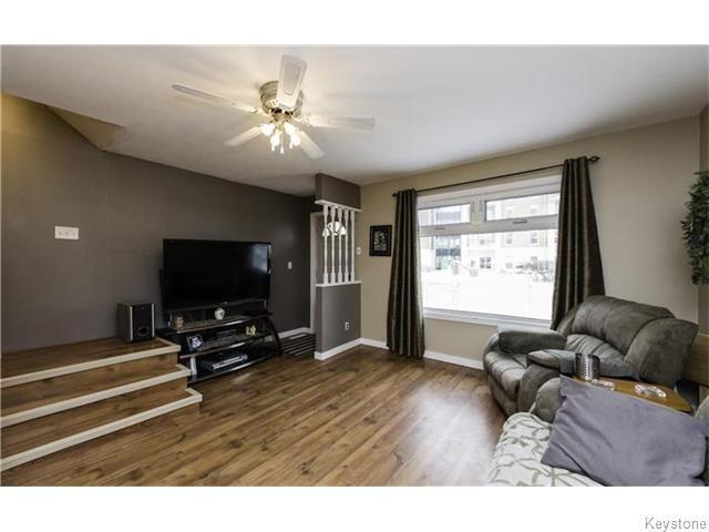 Photo 3: Photos: 342 De La Cathedrale Avenue in WINNIPEG: St Boniface Residential for sale (South East Winnipeg)  : MLS®# 1530499