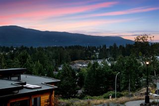 Photo 10: 128 Amphion Terr in : Na Departure Bay House for sale (Nanaimo)  : MLS®# 862787