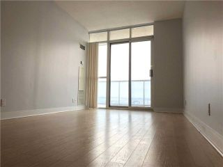 Photo 8: 2201 90 Absolute Avenue in Mississauga: City Centre Condo for lease : MLS®# W4223288