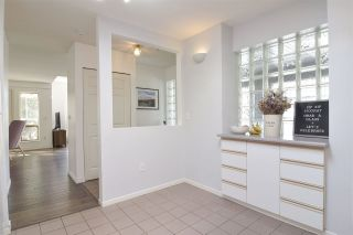 """Photo 12: 402 4688 W 10TH Avenue in Vancouver: Point Grey Condo for sale in """"WEST TENTH COURT"""" (Vancouver West)  : MLS®# R2556561"""