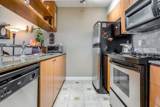 """Photo 7: 1708 1438 RICHARDS Street in Vancouver: Yaletown Condo for sale in """"AZURA I."""" (Vancouver West)  : MLS®# R2624881"""