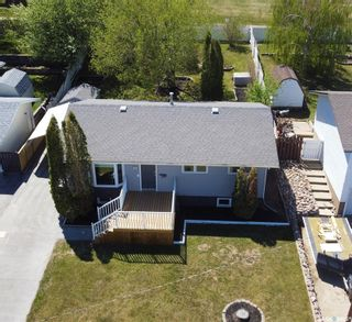 Photo 2: 330 Aspen Drive in Swift Current: South East SC Residential for sale : MLS®# SK855665
