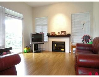 "Photo 3: 410 33318 BOURQUIN Crescent in Abbotsford: Central Abbotsford Condo for sale in ""NATURES GATE"" : MLS®# F2801735"