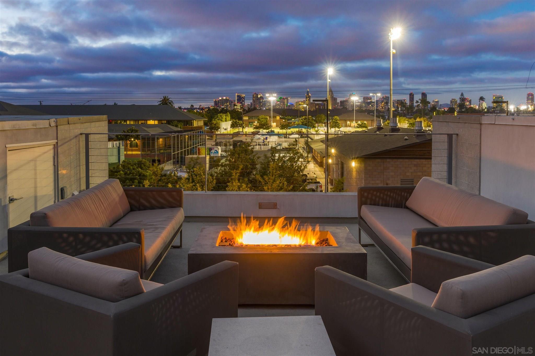 Main Photo: CORONADO VILLAGE Condo for sale : 4 bedrooms : 704 7th Street in Coronado