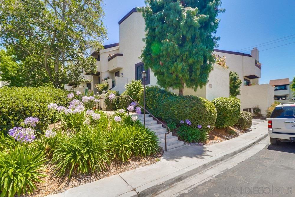 Main Photo: POINT LOMA Condo for sale : 2 bedrooms : 2289 Caminito Pajarito #159 in San Diego