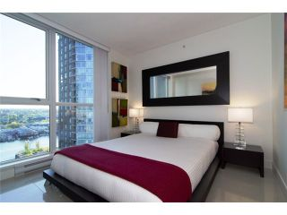 """Photo 7: 2202 1408 STRATHMORE MEWS ME in Vancouver: Yaletown Condo for sale in """"WEST ONE"""" (Vancouver West)  : MLS®# V969471"""