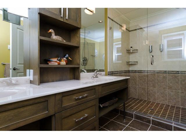 """Photo 16: Photos: 1159 BALSAM Street: White Rock House for sale in """"UPPER EAST BEACH"""" (South Surrey White Rock)  : MLS®# F1445609"""