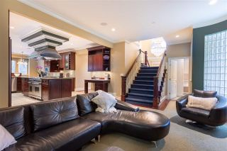 Photo 13: 918 BURNWOOD Avenue in Burnaby: Simon Fraser Univer. House for sale (Burnaby North)  : MLS®# R2560007
