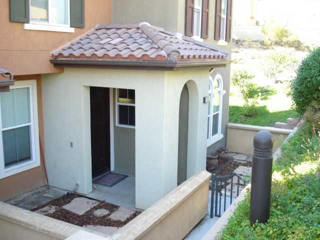Main Photo: SAN MARCOS Townhouse for sale : 3 bedrooms : 1736 Morgans Avenue