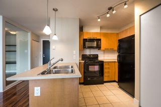 "Photo 10: 406 2525 BLENHEIM Street in Vancouver: Kitsilano Condo for sale in ""The Mack"" (Vancouver West)  : MLS®# R2557379"