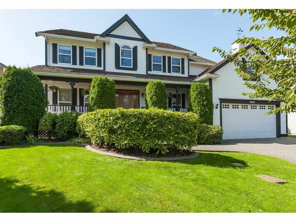 """Main Photo: 5035 224 Street in Langley: Murrayville House for sale in """"Hillcrest"""" : MLS®# R2403677"""