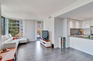"""Photo 10: 501 5883 BARKER Avenue in Burnaby: Metrotown Condo for sale in """"Aldynne on the Park"""" (Burnaby South)  : MLS®# R2567855"""