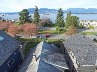 Photo 4: 3236 West 1st Ave in Vancouver: Home for sale : MLS®# V1106157