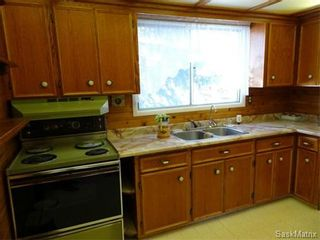 Photo 7: 195 COLDWELL Road in Regina: Regent Park Single Family Dwelling for sale (Regina Area 02)  : MLS®# 562466
