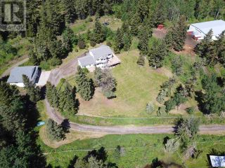 Photo 1: 393 WOODLAND DRIVE in Williams Lake: House for sale : MLS®# R2591454