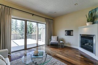 Photo 3: 17 11 Scarpe Drive SW in Calgary: Garrison Woods Row/Townhouse for sale : MLS®# A1103969