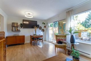 """Photo 3: 879 CUNNINGHAM Lane in Port Moody: North Shore Pt Moody Townhouse for sale in """"Woodside Village"""" : MLS®# R2604426"""