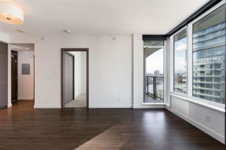 Photo 4: 1112 68 SMITHE Street in Vancouver: Downtown VW Condo for sale (Vancouver West)  : MLS®# R2588565