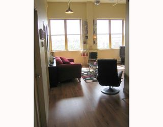 """Photo 9: 312 549 COLUMBIA Street in New_Westminster: Downtown NW Condo for sale in """"C2C LOFTS"""" (New Westminster)  : MLS®# V660543"""