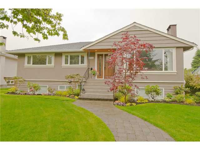 """Main Photo: 8632 12TH Avenue in Burnaby: The Crest House for sale in """"Crest"""" (Burnaby East)  : MLS®# V1009842"""