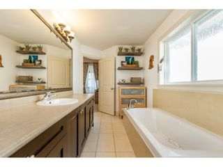 """Photo 11: 24220 103A Avenue in Maple Ridge: Albion House for sale in """"SPENCER'S RIDGE"""" : MLS®# R2404330"""