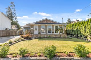 Photo 2: 20166 OSPRING Street in Maple Ridge: Southwest Maple Ridge House for sale : MLS®# R2614706