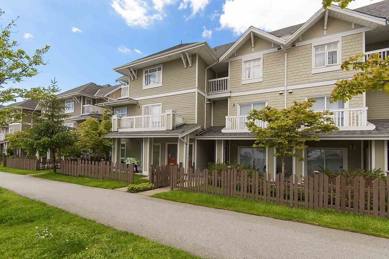 """Main Photo: 61 7388 MACPHERSON Avenue in Burnaby: Metrotown Townhouse for sale in """"ACACIA GARDENS"""" (Burnaby South)  : MLS®# R2166985"""