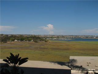 Photo 12: PACIFIC BEACH Condo for sale : 1 bedrooms : 4015 Crown Point Drive #203 in San Diego