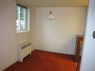 """Photo 9: 102 3530 CAMBIE Street in Vancouver: Cambie Condo for sale in """"BROCKVILLE MANOR"""" (Vancouver West)  : MLS®# R2226254"""