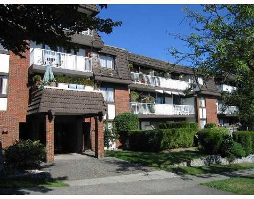 """Main Photo: 412 331 KNOX Street in New_Westminster: Sapperton Condo for sale in """"Westmount Arms"""" (New Westminster)  : MLS®# V715470"""